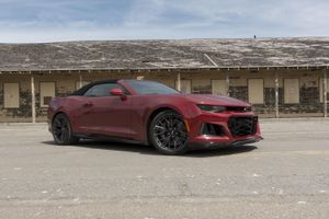2019 Chevy Camaro ZL1 Convertible review: A topless thrill ride     – Roadshow