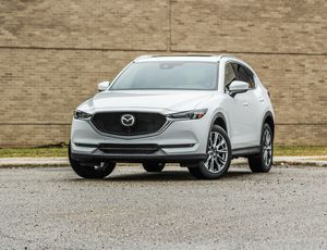 2019 Mazda CX-5 review: More style and power makes the CX-5 even better     – Roadshow
