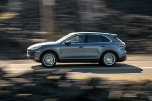 2019 Porsche Cayenne E-Hybrid second drive review: The best of both worlds     – Roadshow