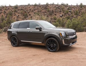 2020 Kia Telluride first drive review: A big, bold SUV with great value     – Roadshow