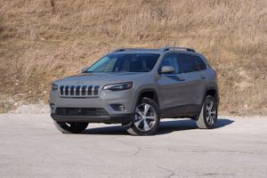2020 Jeep Cherokee review: An off-roader that's just ordinary     - Roadshow