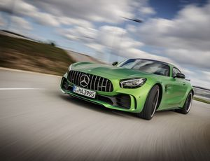 2018 Mercedes-AMG GT R Release Date, Price and Specs     – Roadshow