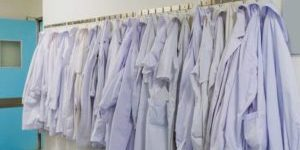 Respiratory Techs, Dietitians Enraged Over New Policy Allowing Janitors to Wear White Coats
