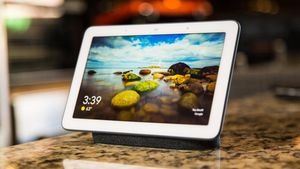 Google Nest Hub review: Google's first smart display is still the one to beat thanks to Google Assistant     - CNET