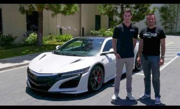 Quick Drive: 2017 Acura NSX (w/ Alexander Rossi) – Daily Fix Free Episode!