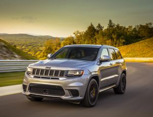 2019 Jeep Grand Cherokee Trackhawk review: Take the fast way home     – Roadshow