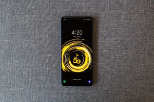 LG V50 ThinQ review: Too expensive and too soon for 5G     - CNET