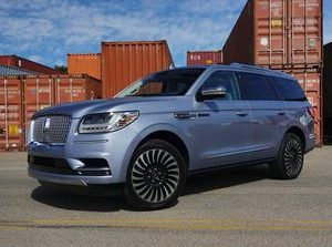 2019 Lincoln Navigator review: Bigger and better     - Roadshow