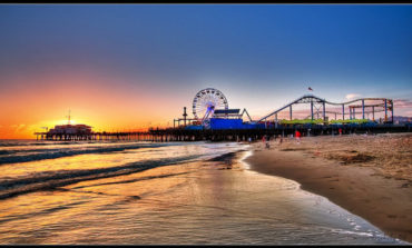 United – $276: Newark – Los Angeles (and vice versa). Roundtrip, including all Taxes
